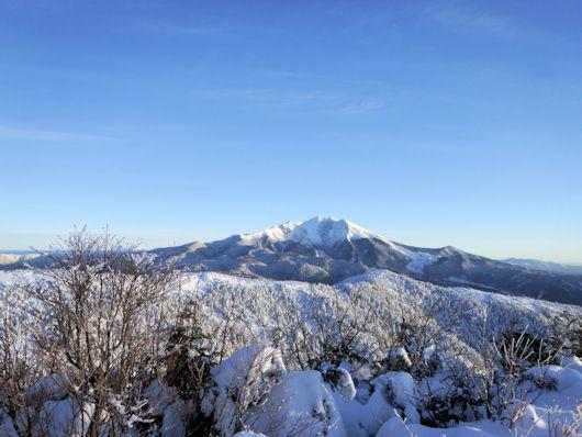 小13-山頂から御嶽1