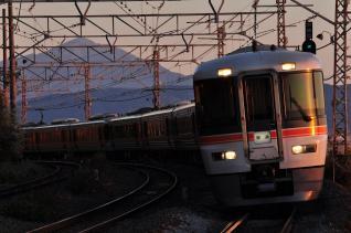 2011年12月12日 JR東日本東海道本線 根府川 373系F7+F*+F14