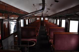 2012年1月10日 津軽鉄道線 ストーブ列車(オハフ331) 車内