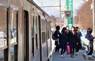 2012年3月16日 十和田観光電鉄 三農校前 7700系7703-7903