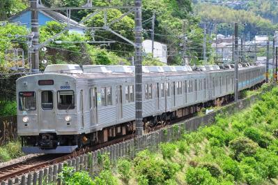 2012年5月12日 JR東日本伊東線 伊豆多賀~網代 伊豆急8000系TB2+**