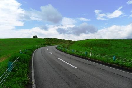 ナイタイ高原への道