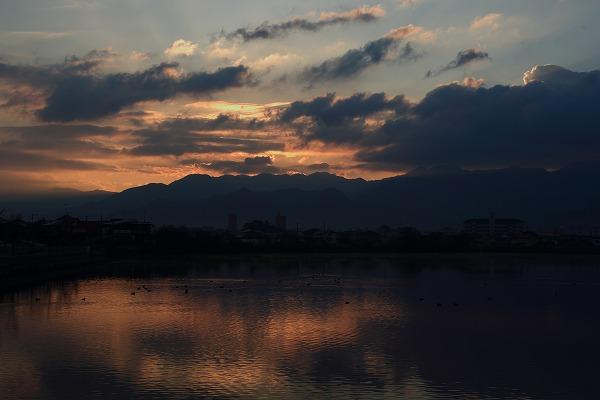鷹子大池朝日 141209 001