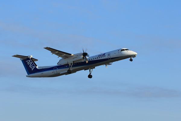EH DHC-8-402Q JA462A RJOM 141121 03