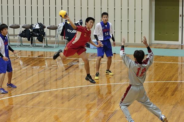 高校ハンドボール選抜大会愛媛県予選リーグ今西-宇南141221 01