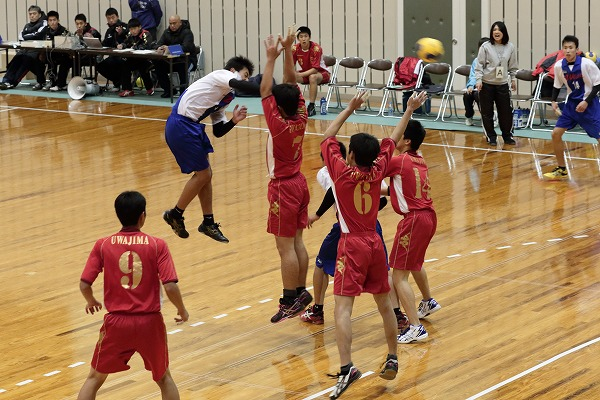 高校ハンドボール選抜大会愛媛県予選リーグ今西-宇南141221 02