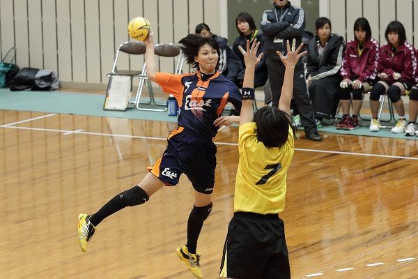 高校ハンドボール選抜大会愛媛県予選リーグ女子松商-新東141221 02