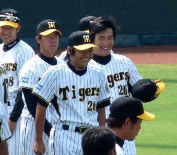 絵日記8・23鳴尾浜投手1