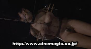 CMV-070 くいこみ仮面 巨乳圧搾絞り拷問しばき鞭 塚田詩織 - エロ動画 アダルト動画(1)