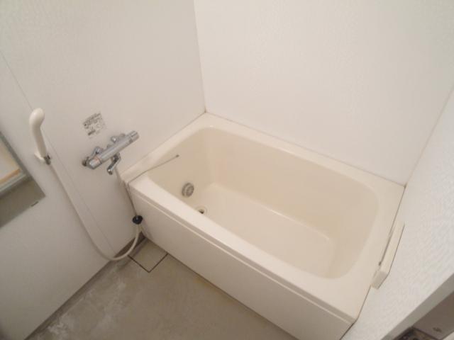 プラティーク風呂