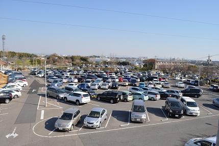 トヨタ駐車場
