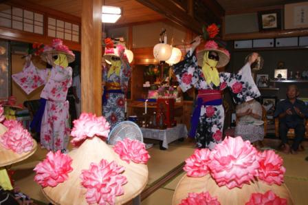 2011アンガマファーマー踊り