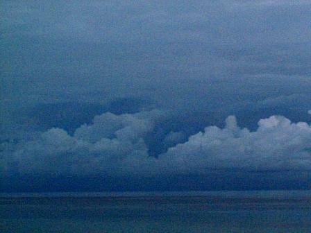 今朝の雲B