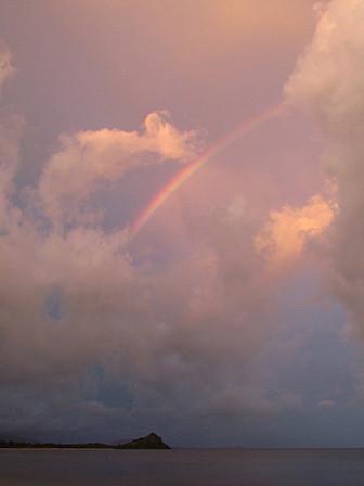 虹の朝焼け