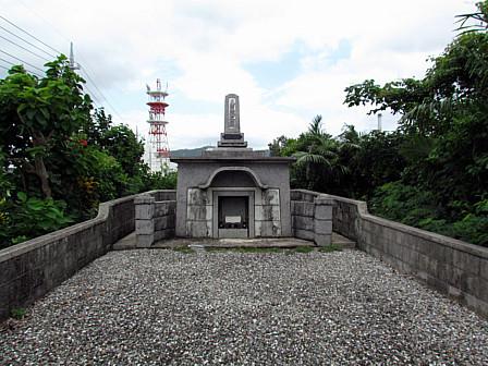 過渡期の墓