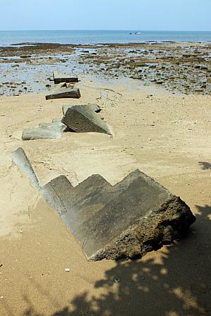浜の戦争遺跡階段
