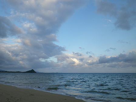 7月15日6時34分の浜と空