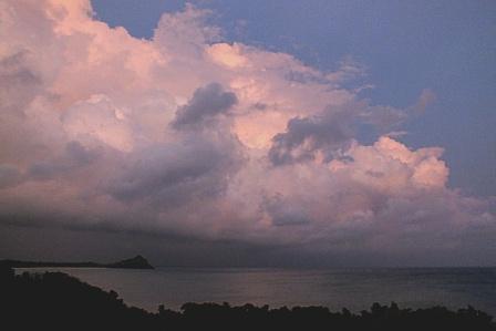 8月24日6時02分台風後の夜明け