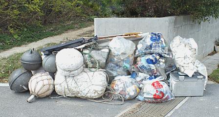 漂着ゴミ集積