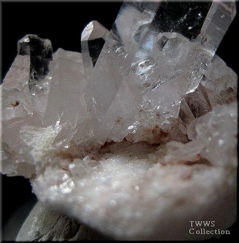 水晶_インドヒマラヤ2足元