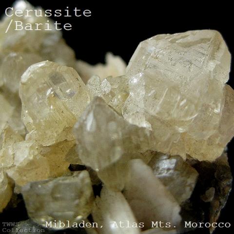 白鉛鉱_モロッコ2
