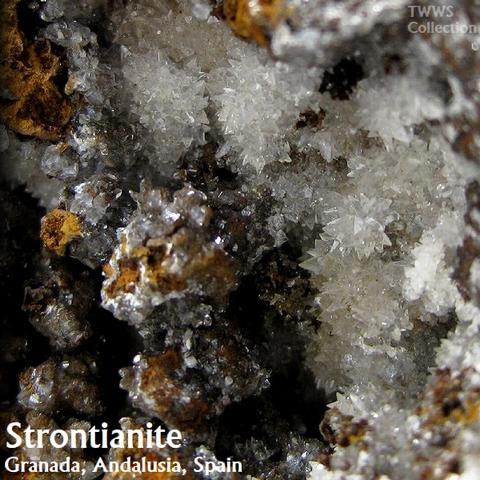 ストロンチアン石_スペイン1