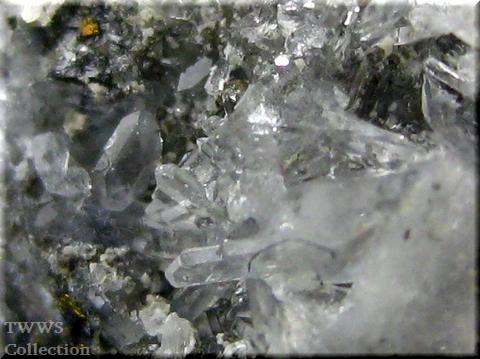 菱マンガン鉱&水晶&黄鉄鉱_コロラド1アップ2