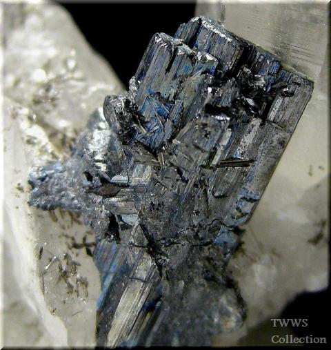 車骨鉱&水晶_中国1アップ1