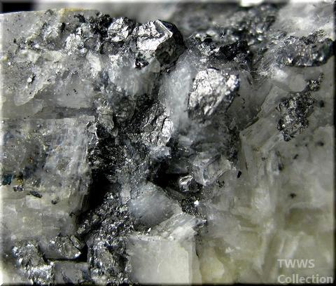 カロール鉱_コンゴ2アップ2