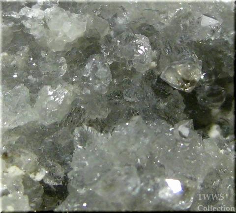 ウェロガン石&ストロンチアン石_カナダ1アップ4