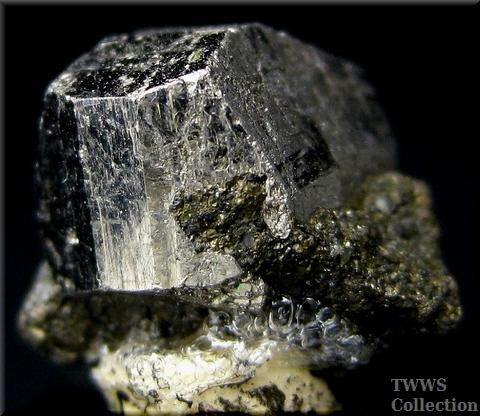 輝コバルト鉱_スウェーデン1アップ1