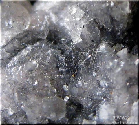 ブーランジェ鉱_ボリビア1アップ