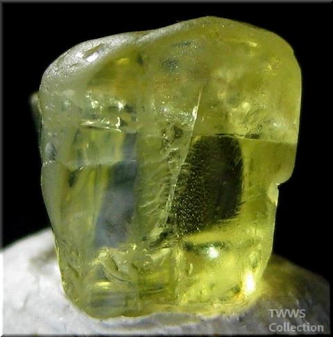 金緑石_ブラジル1別角度