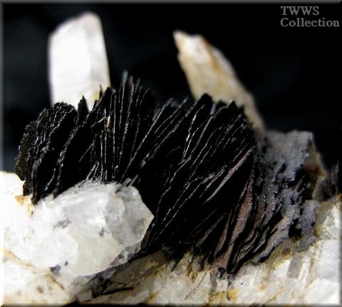 水晶&赤鉄鉱_中国3アップ7