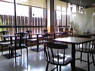 醤店内カフェ部分090913