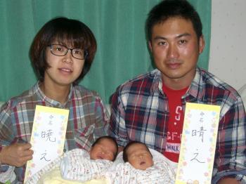 20120107221001家族4人