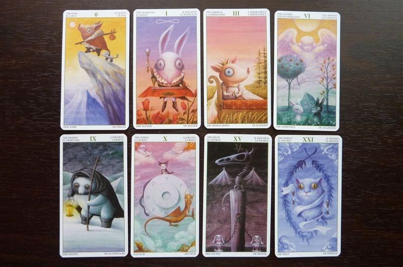 タロットカード tarot of the magical forest 星占いのはずが