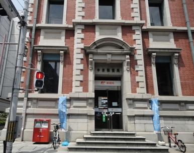 中京郵便局にし側入口2
