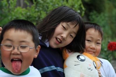 2010-05-31_EOS 7D_1532、「妹尾の元気な3人、優花・一馬・直大」、2010.5.31.、東城、1