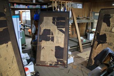 2010-06-02_EOS 7D_1747、「古民家の板戸」、襖絵の下張、1