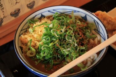 2010-06-04_EOS 7D_1859、讃岐うどん・丸亀製麺、「カレーうどん」、