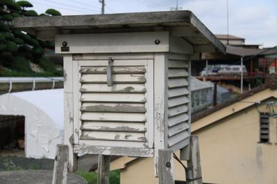 2010_06_29EOS 7D3096、2010.6.29.、広島県立油木高校「百葉箱」、2
