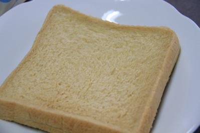 2010-07-02_EOS 7D_2690、ヤマザキ製パン「ふんわり食パン、メープル」、2