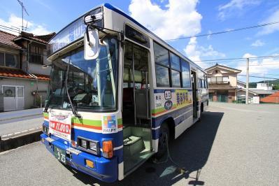 2010_07_18EOS 7D3666、2010.7.18.「我が家の前の中国バス」、1