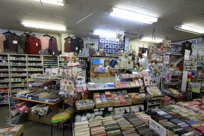 2010_07_20EOS 7D3690、2010.7.20.「ハグルマ手芸店」、福山市宮通り、3