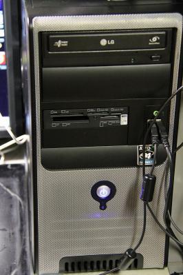 2010-07-23_EOS 7D_2965.、オウルテック「カードリーダーライター」、愛用のデスクトップPCに組み込み、1