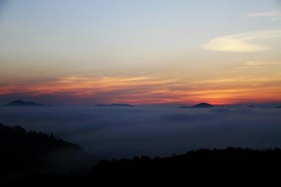 2010-09-03_EOS 7D_4490、2010.9.3.、神石高原町永野・雲海の里、「雲海と日の出」、4、オータム、