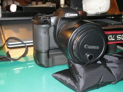 、2010.7.8.キャノン「EOS7D用バッテリーグリップ、BG-E7」、6