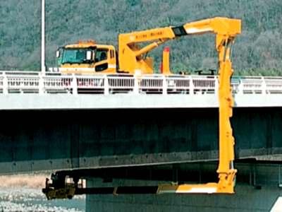 タダノの橋梁点検車