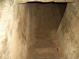 クチ-トンネル2